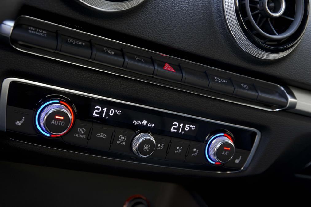 ¿Cuándo es conveniente recargar el aire acondicionado del coche?