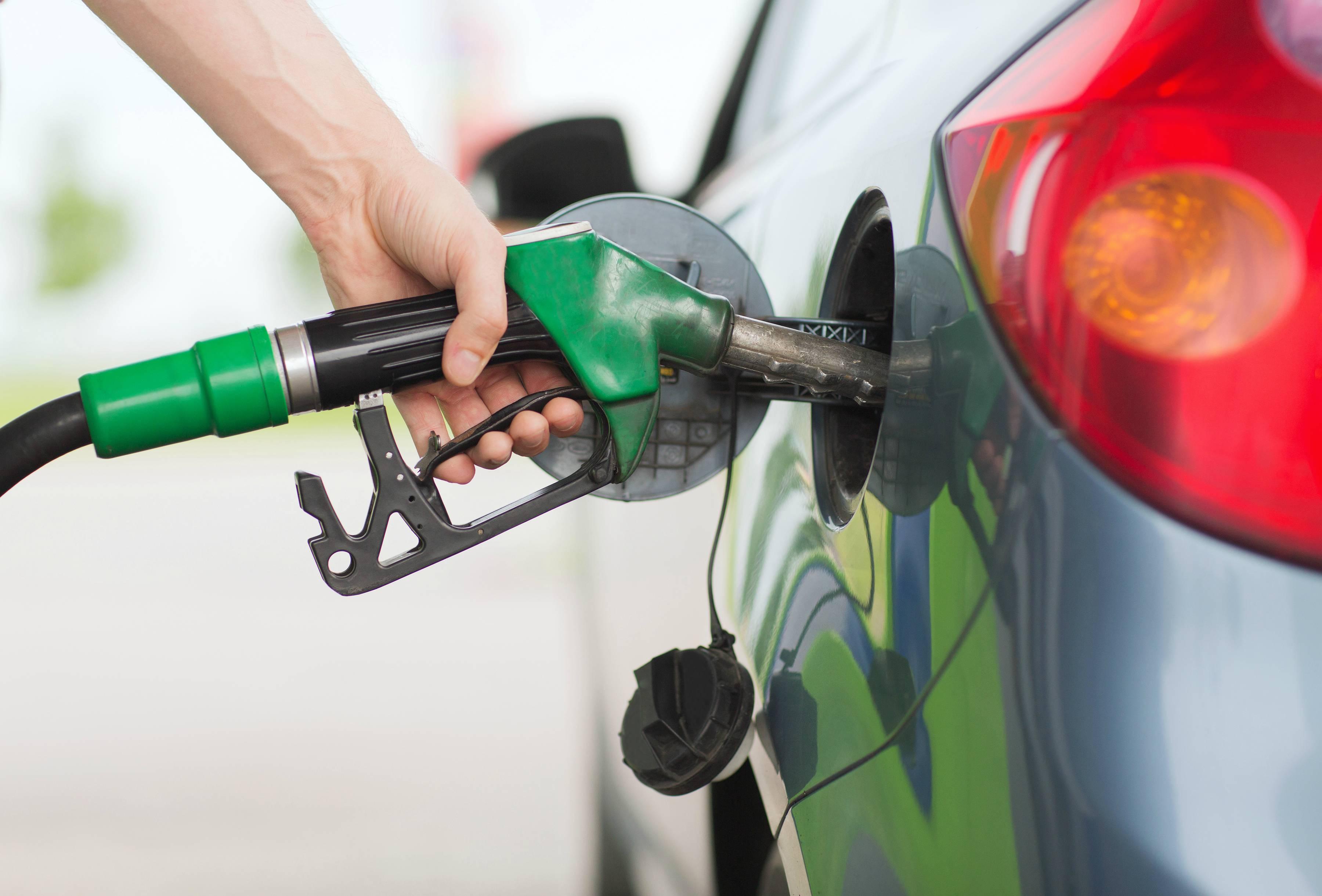 5 Aplicaciones Con Las Que Podrás Ahorrar Al Echar Gasolina