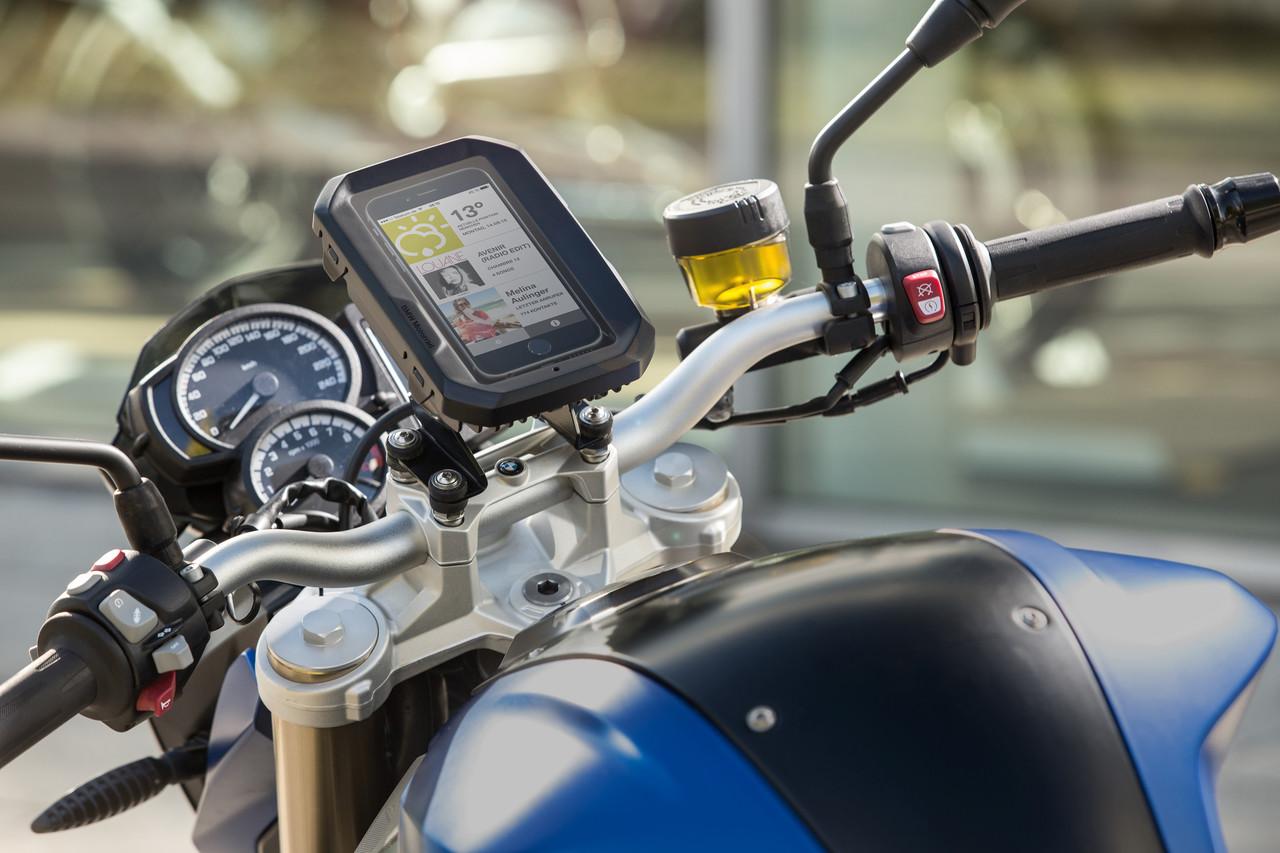 A Partir De Ahora Podrás Llevar El Móvil En Tu Moto BMW De Forma Segura